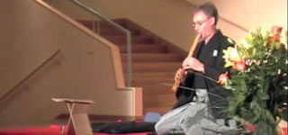 zum YouTube Video: Shakuhachi Honkyoku: Hifumi Hachigaeshi